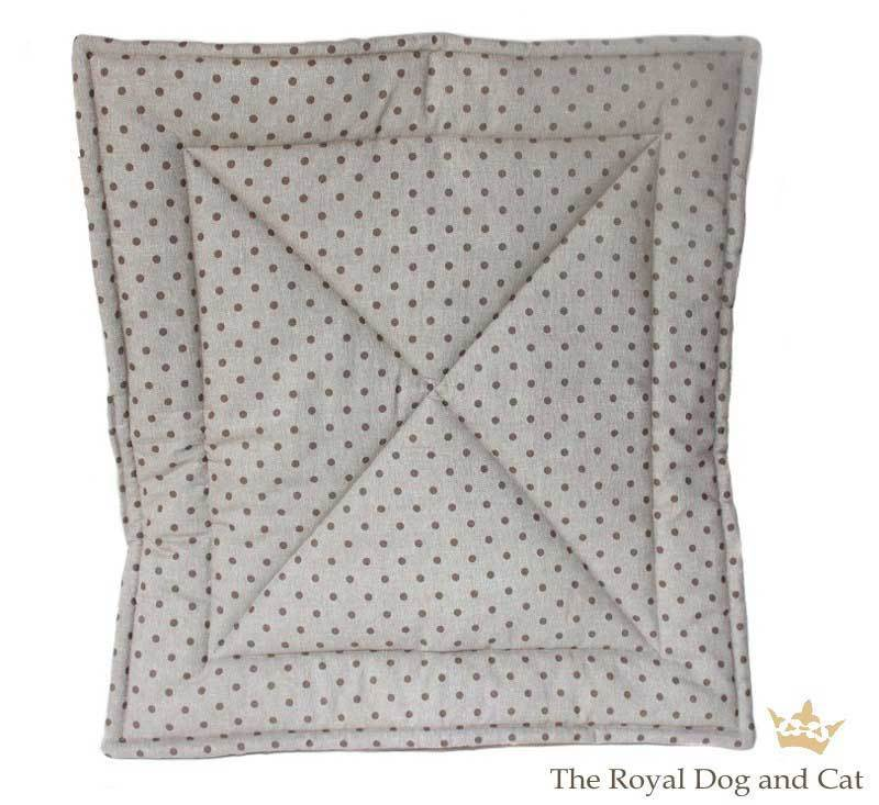 Dotty taupe mocca Quilt/Decke